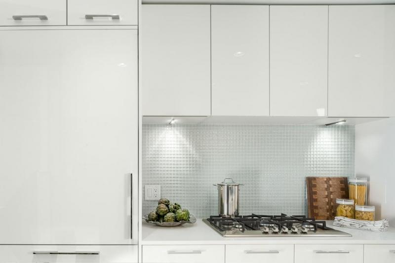 mark on 10th cooktop + fridge.jpg
